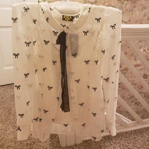 Tops - Nishe off-white blouse w/ Bows & Navy Blue tie.